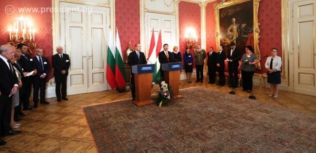 Президентите Румен Радев и Янош Адер: Икономическото и социално сближаване между Източна и Западна Европа е залог за единството и дееспособността на Европейския съюз