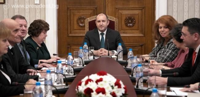 Президентът Радев: При дебата за промени в Конституцията решенията трябва да вземаме сами